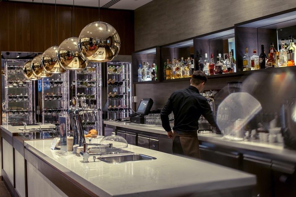 intérieur d'une cuisine professionnelle à Paris