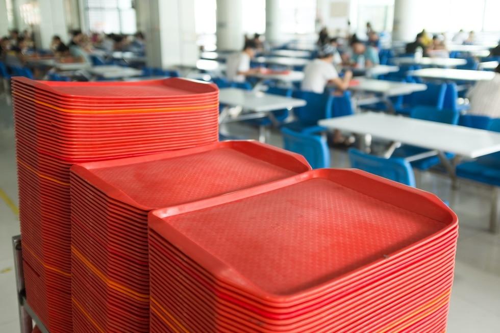 Le mobilier de restauration comme les cantines scolaires ou hopital